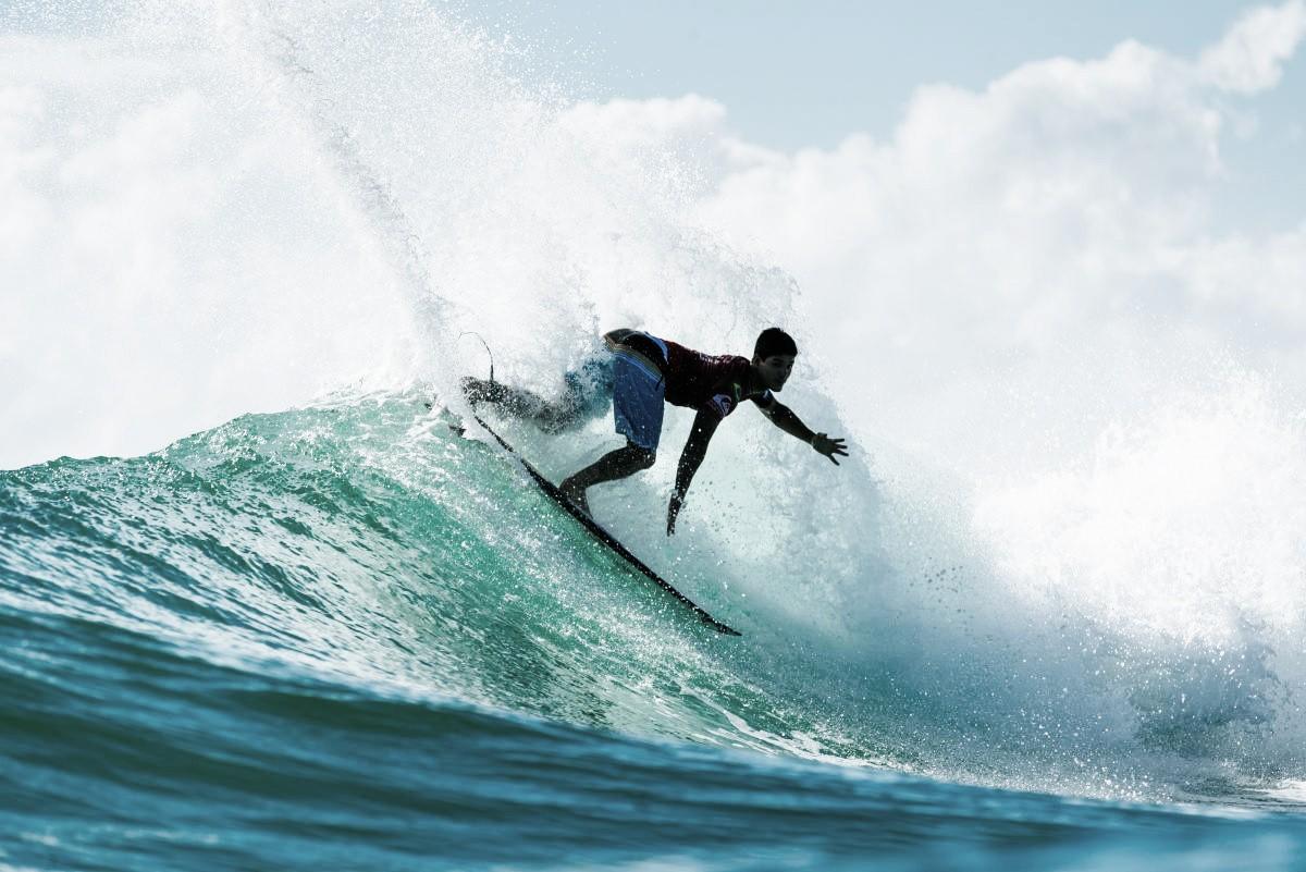 Circuito mundial de surfe: Gabriel Medina e Silvana Lima fazem boa estreia na etapa de Bells Beach