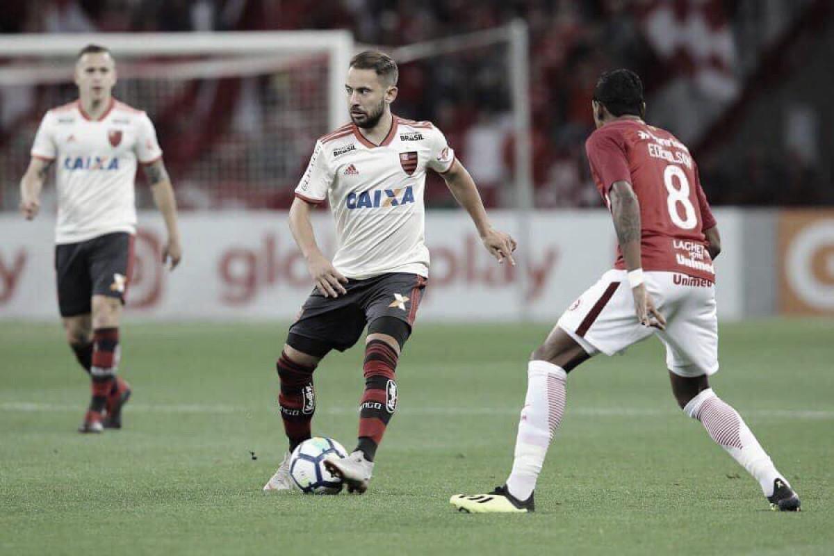 """Everton Ribeiro lamenta nova derrota do Flamengo: """"Difícil para a gente"""""""