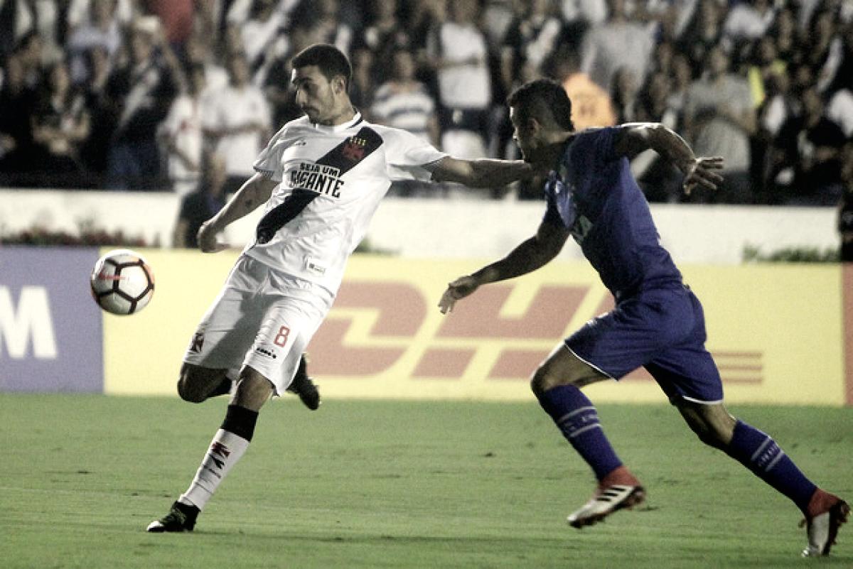 Notas: apesar de goleada, Thiago Galhardo se destaca e é absolvido pela torcida