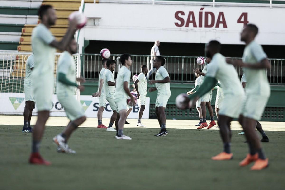 Chapecoense enfrenta Figueirense buscando inédito tricampeonato catarinense