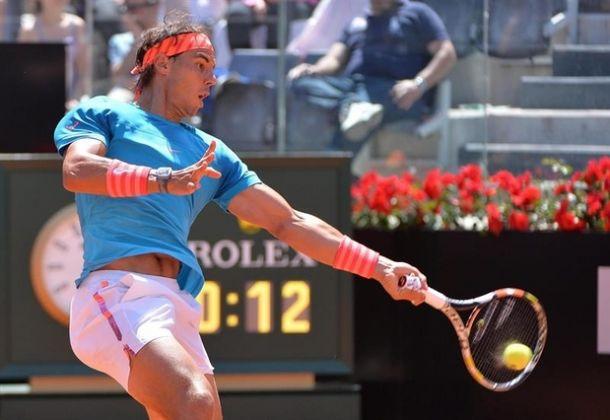 Rafael Nadal faz o simples, vence John Isner e avança às quartas em Roma