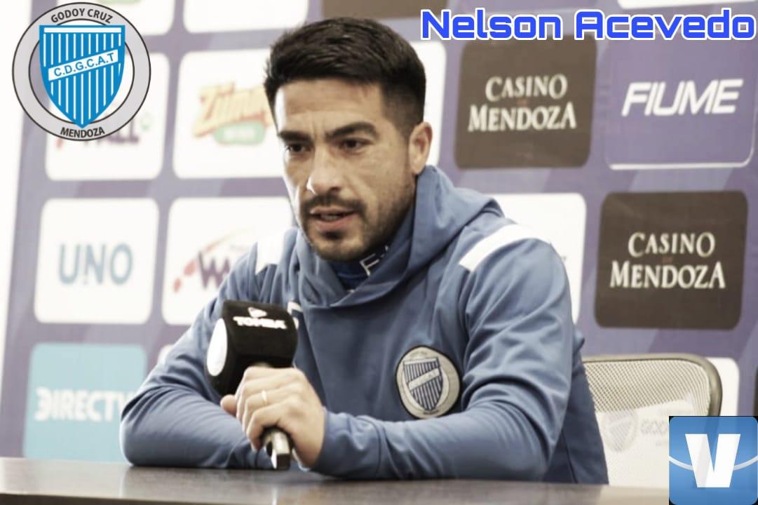 """El """"Tomba"""" presentó a Nelson Acevedo"""