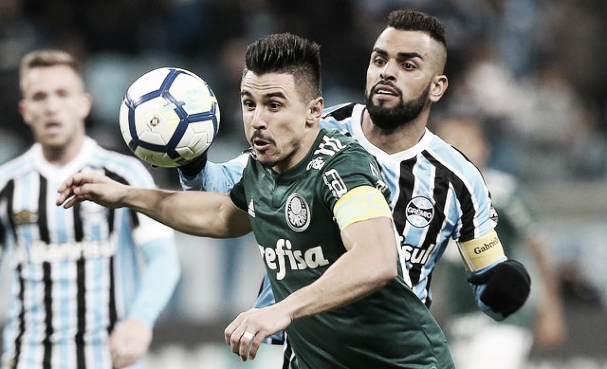Em jogo movimentado, William marca duas vezes e Palmeiras vence Grêmio em Porto Alegre