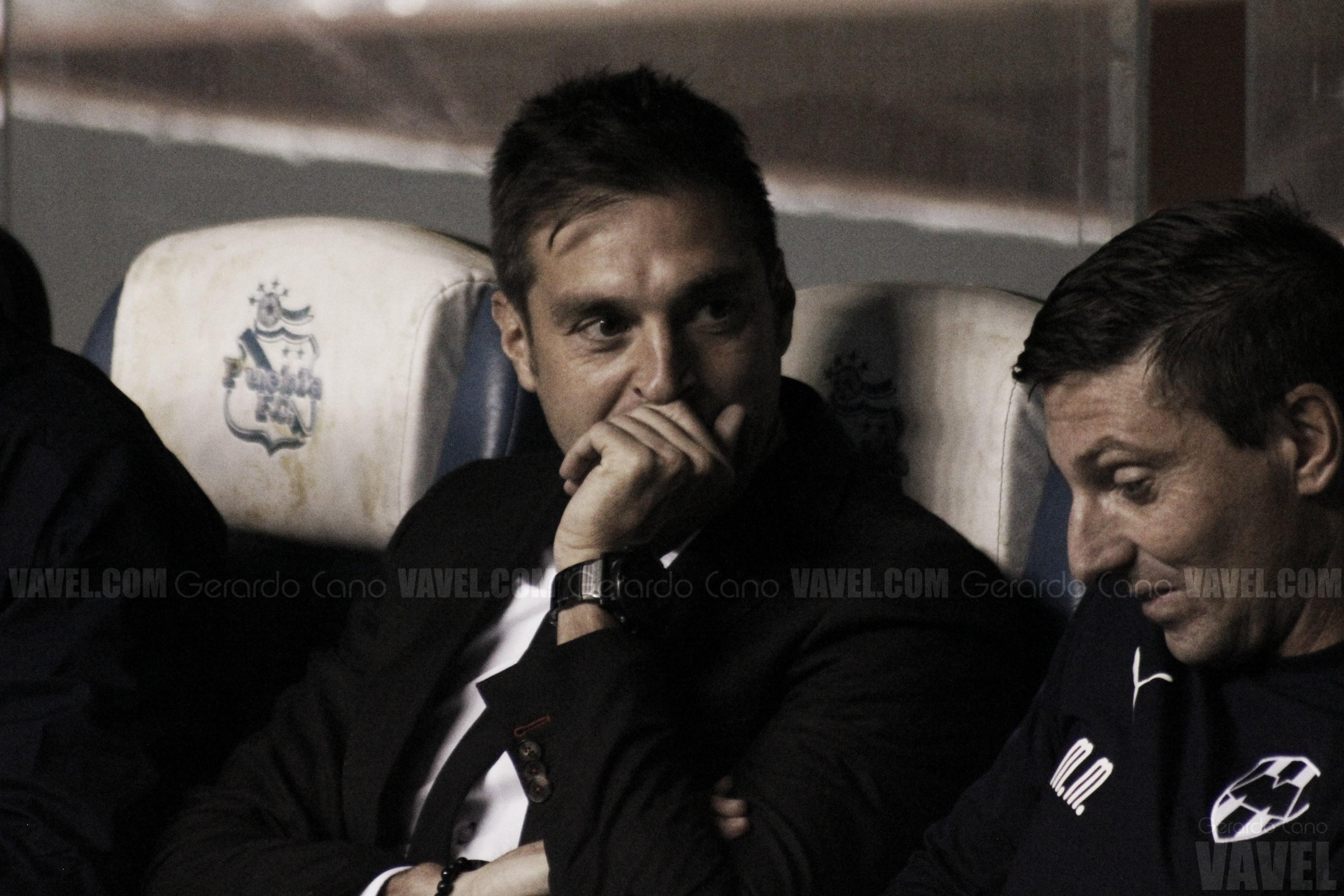 """Diego Alonso: """"Aceptamos las críticas con mucha humildad"""""""