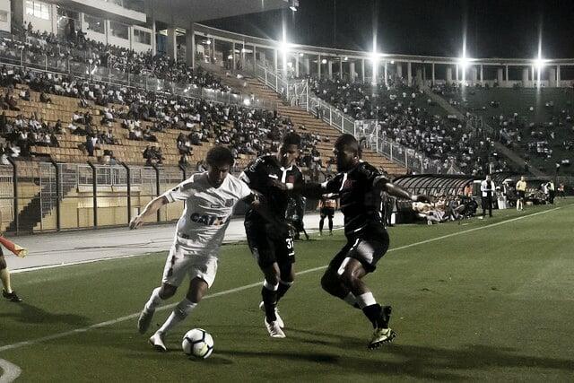 Santos e Vasco medem forças no jogo de ida pela quarta fase da Copa do Brasil