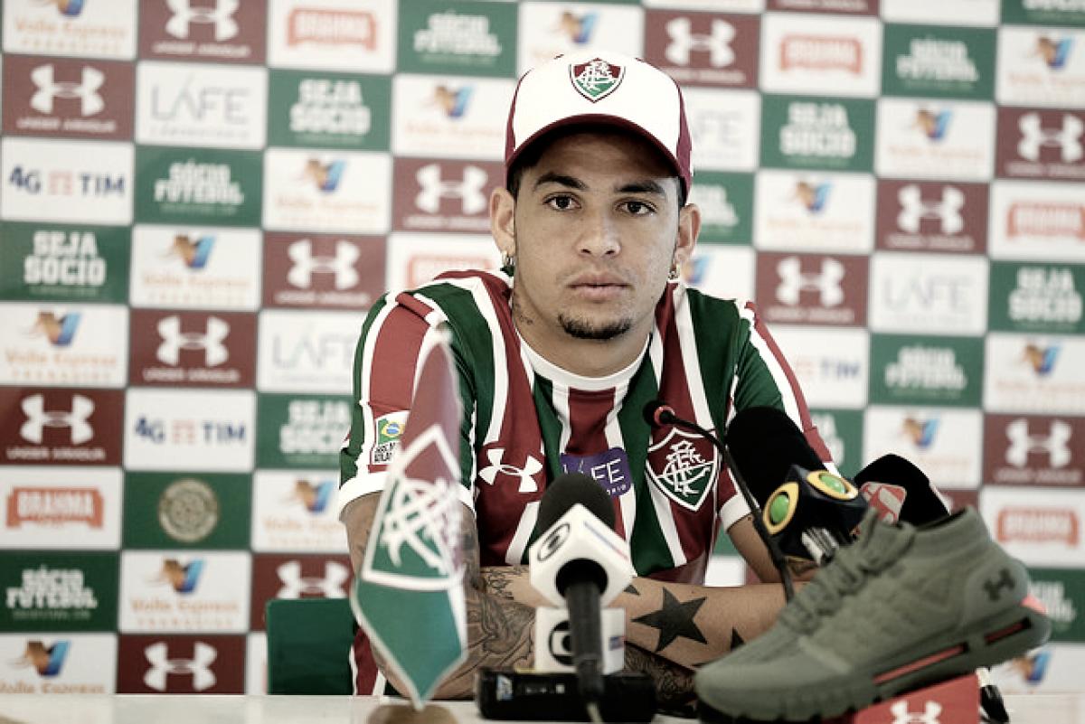 Atacante Luciano é apresentado no Fluminense: ''Cheguei para somar''