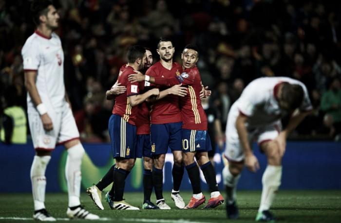 Espanha goleia Macedônia e garante liderança do Grupo G