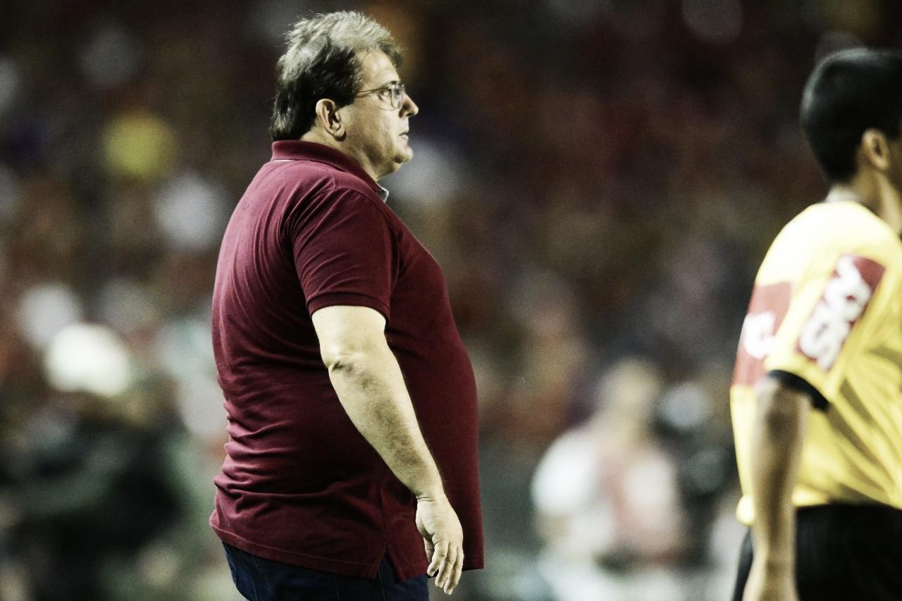 Após vitória contra o Londrina, Guto Ferreira diz: ''Saio bastante contente''