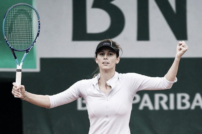 Fora do top 100, Pironkova desbanca número 2 Radwanska e avança em Roland Garros