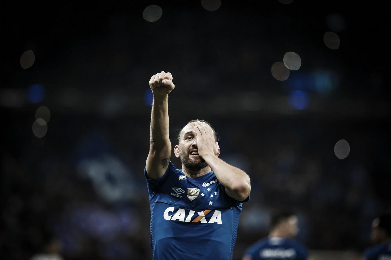 """Mano Menezes celebra mais uma final pelo Cruzeiro: """"Podemos sonhar com o bicampeonato"""""""