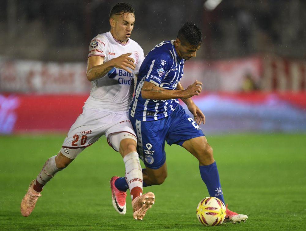 Godoy Cruz eliminó a Huracán en la reanudación de la Copa Argentina