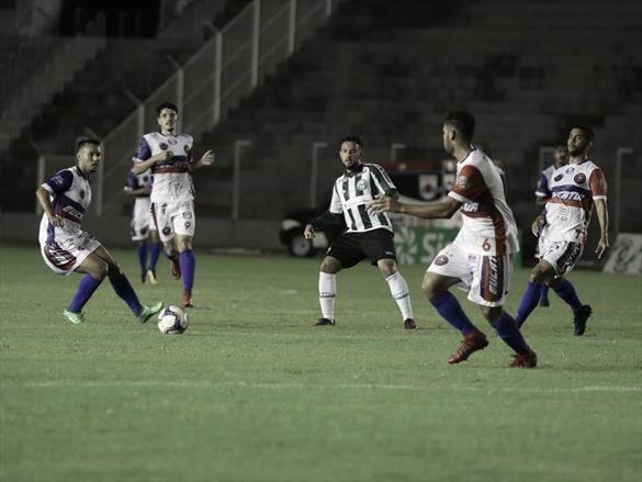 Coritiba perde para Cascavel CR com gol contra