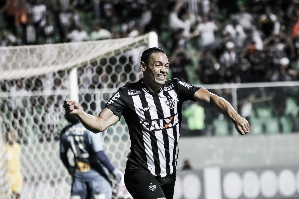 Ricardo Oliveira renova contrato com Atlético-MG por duas temporadas