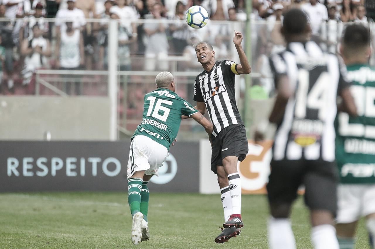 Atlético-MG recebe Palmeiras em casa visando manter a liderança do Brasileirão