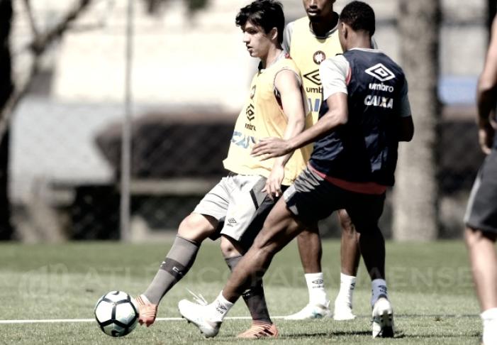 Sem Guilherme e Lucho, Atlético-PR inicia preparação para enfrentar Palmeiras