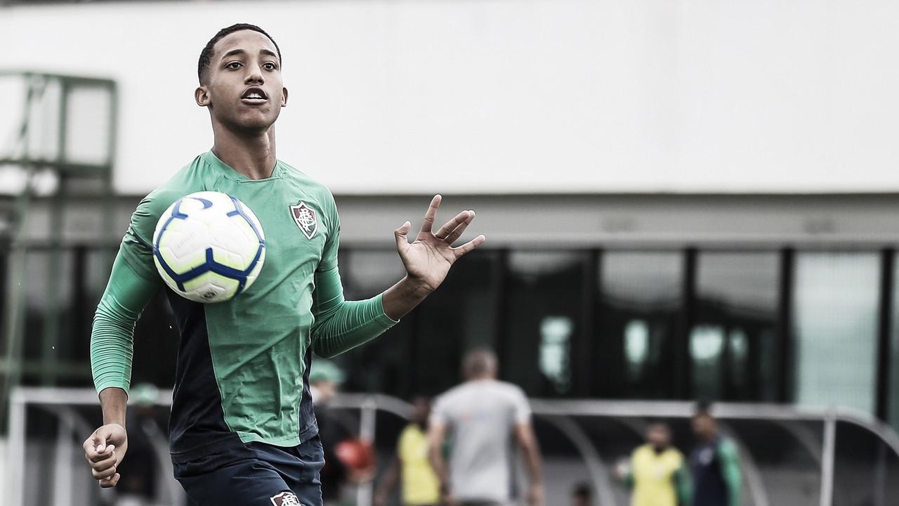 Jejum de atacantes é preocupação para reta final do Fluminense