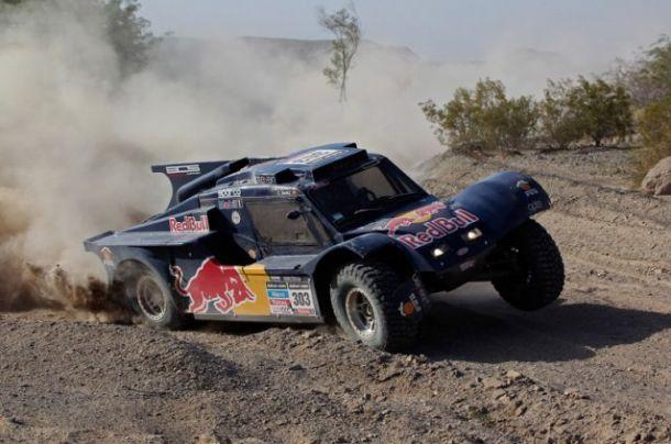 Dakar, vittoria e leadership per Carlos Sainz e Gerard De Rooy