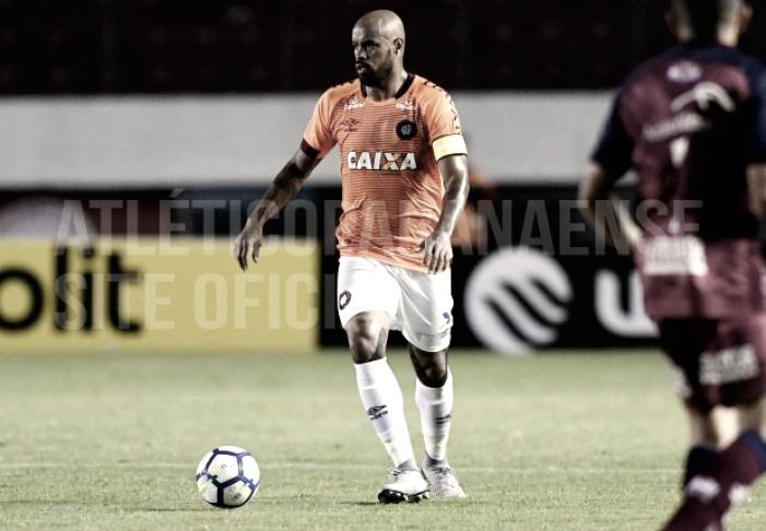 Notas: jogadores de defesa se destacam em classificação do Atlético-PR na Copa do Brasil
