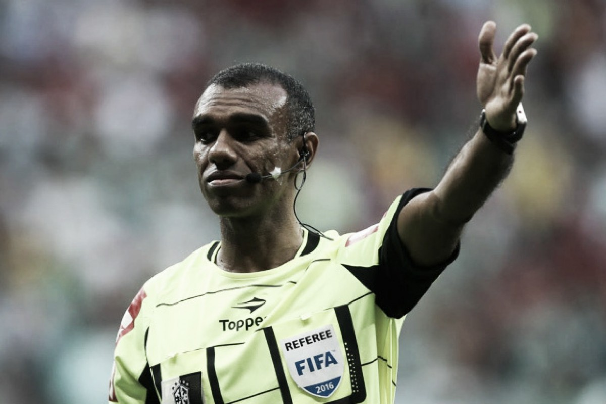 Árbitro sorteado para apitar clássico entre Cruzeiro e Atlético já desagradou rivais; relembre casos
