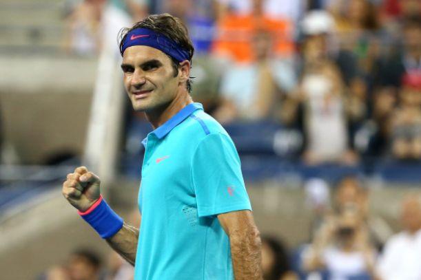 Federer pasa a octavos con la lluvia como protagonista