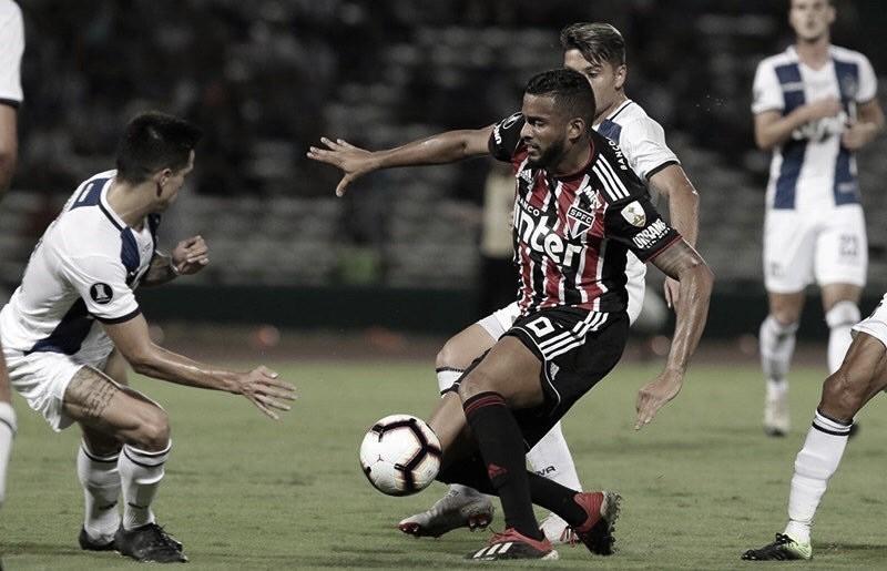 Reforçado, São Paulo recebe Talleres em jogo do ano pela Libertadores