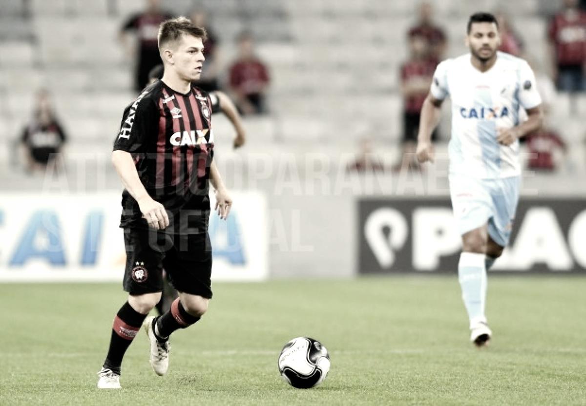 Com Tiago Nunes no comando, jovens podem levar Atlético-PR ao título do Paranaense