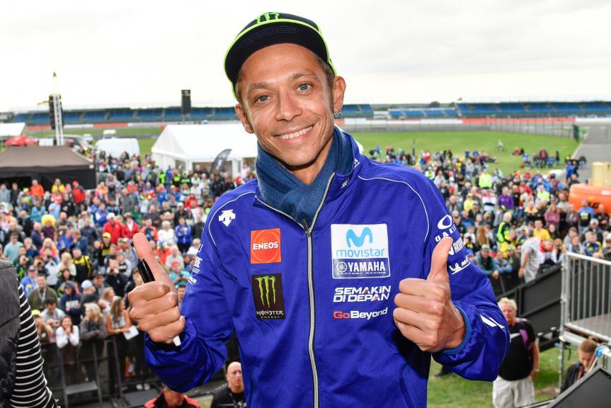 Valentino Rossi Santai Rekornya Akan Disalip Marc Marquez