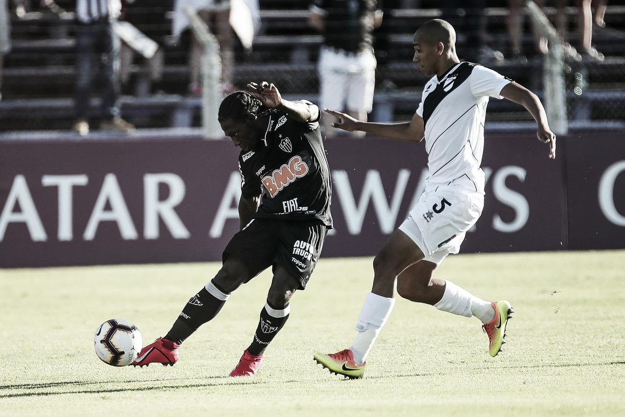 Atlético-MG desperdiça boas chances e empata com Danubio pela Libertadores