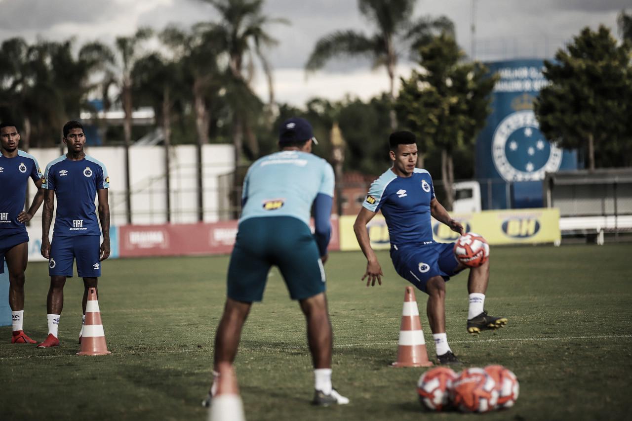 Cruzeiro vive expectativa de usar novo uniforme na estreia da Libertadores