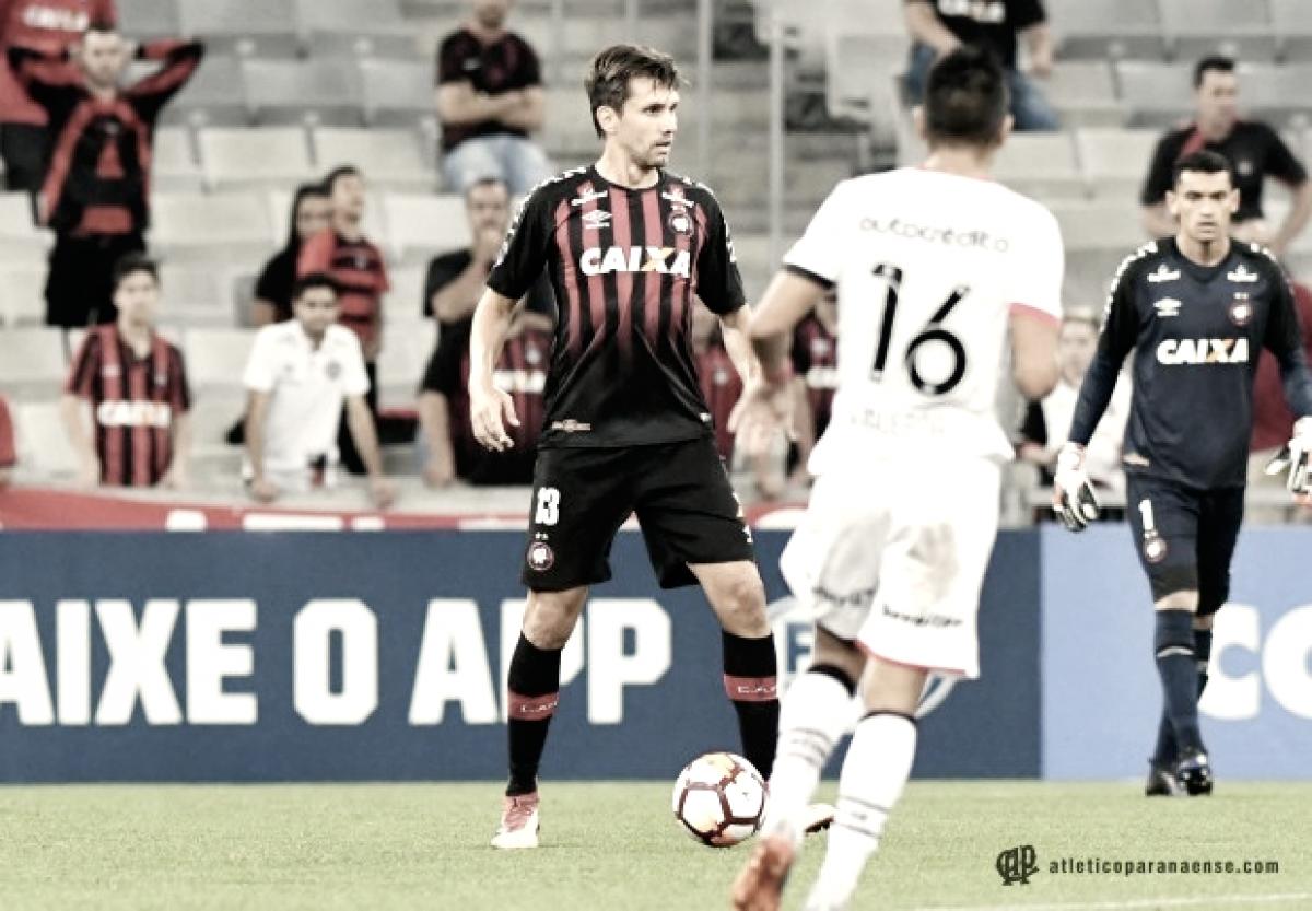 Retrospecto contra equipes uruguaias favorece Atlético-PR no confronto com Peñarol