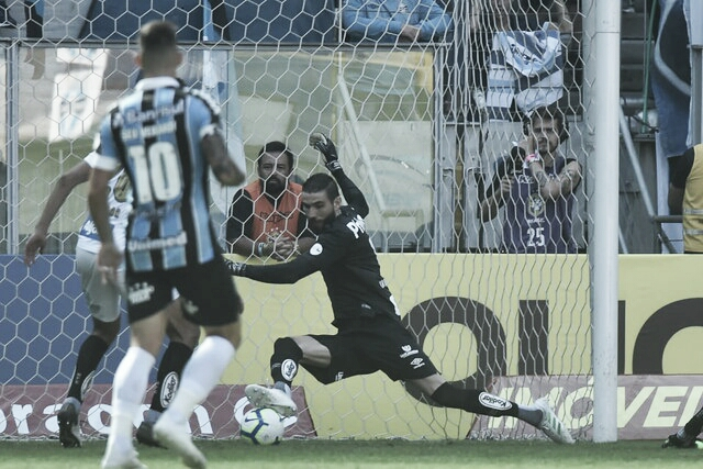 Santos bate o Grêmio fora de casa pela primeira rodada do Campeonato Brasileiro