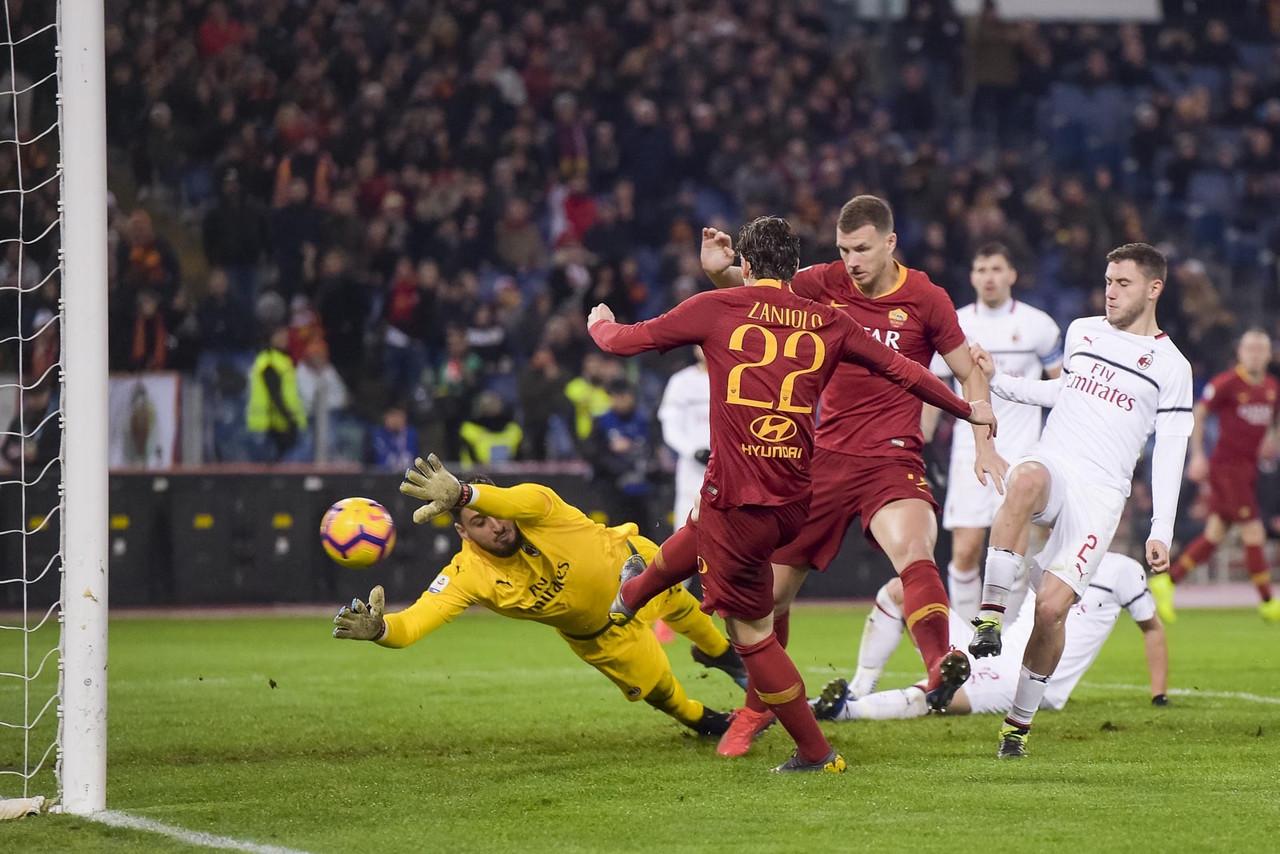 Serie A - Lo spareggio Champions finisce in parità: è 1-1 tra Roma e Milan
