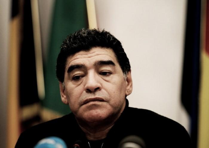 """Maradona ataca Mauro Icardi: """"Está morto para mim"""""""