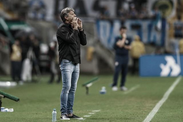 """Renato critica desatenção do Grêmio após virada sofrida: """"Nos acomodamos"""""""