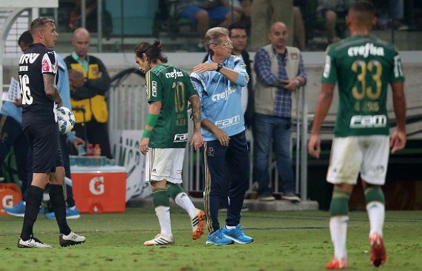 Palmeiras surpreende e anuncia a demissão do técnico Oswaldo de Oliveira