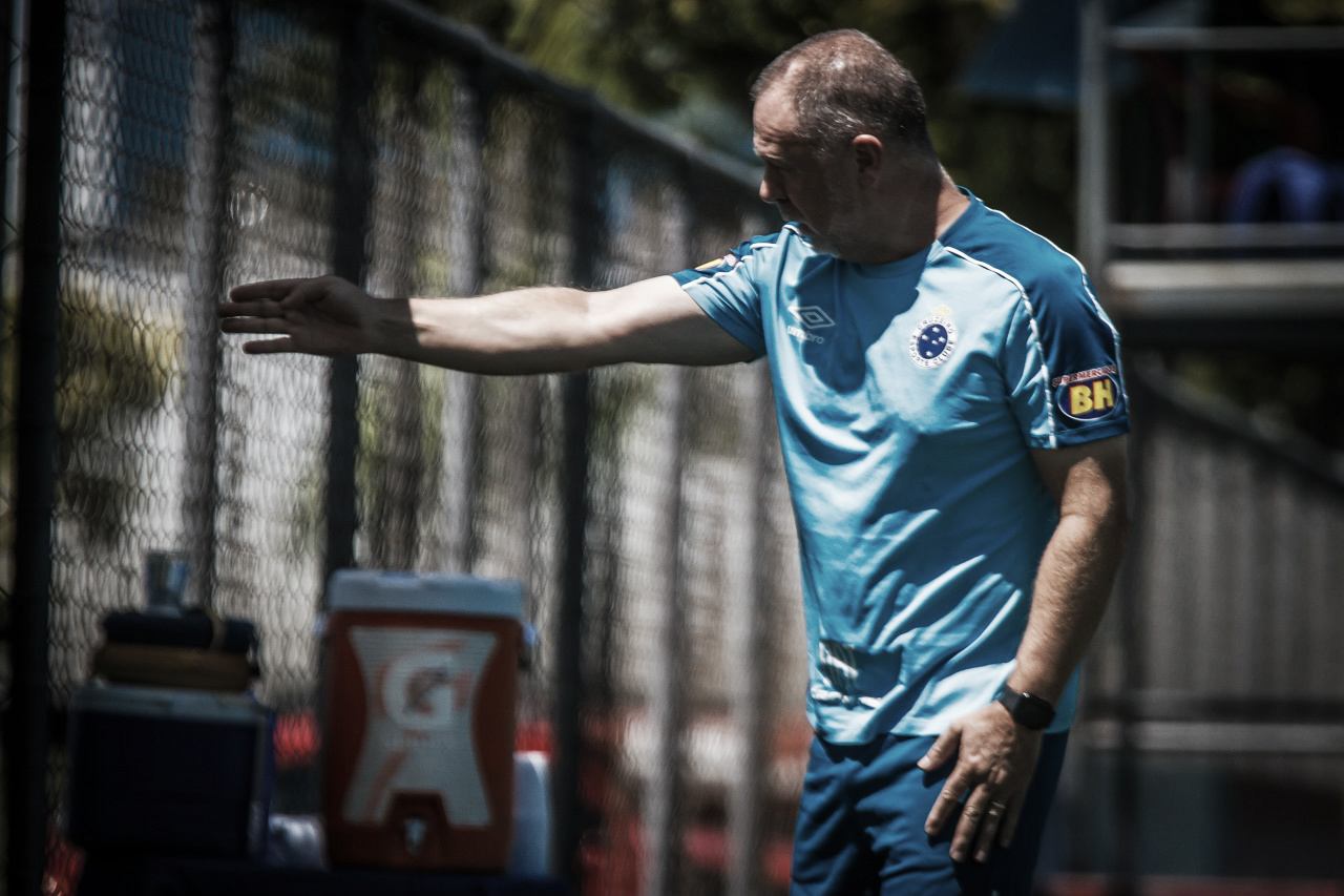 Cruzeiro confirma Mano Menezes no encontro de técnicos da Libertadores