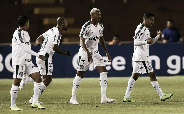 Com show de Gustavo Scarpa, Palmeiras goleia Melgar fora de casa e avança na Libertadores