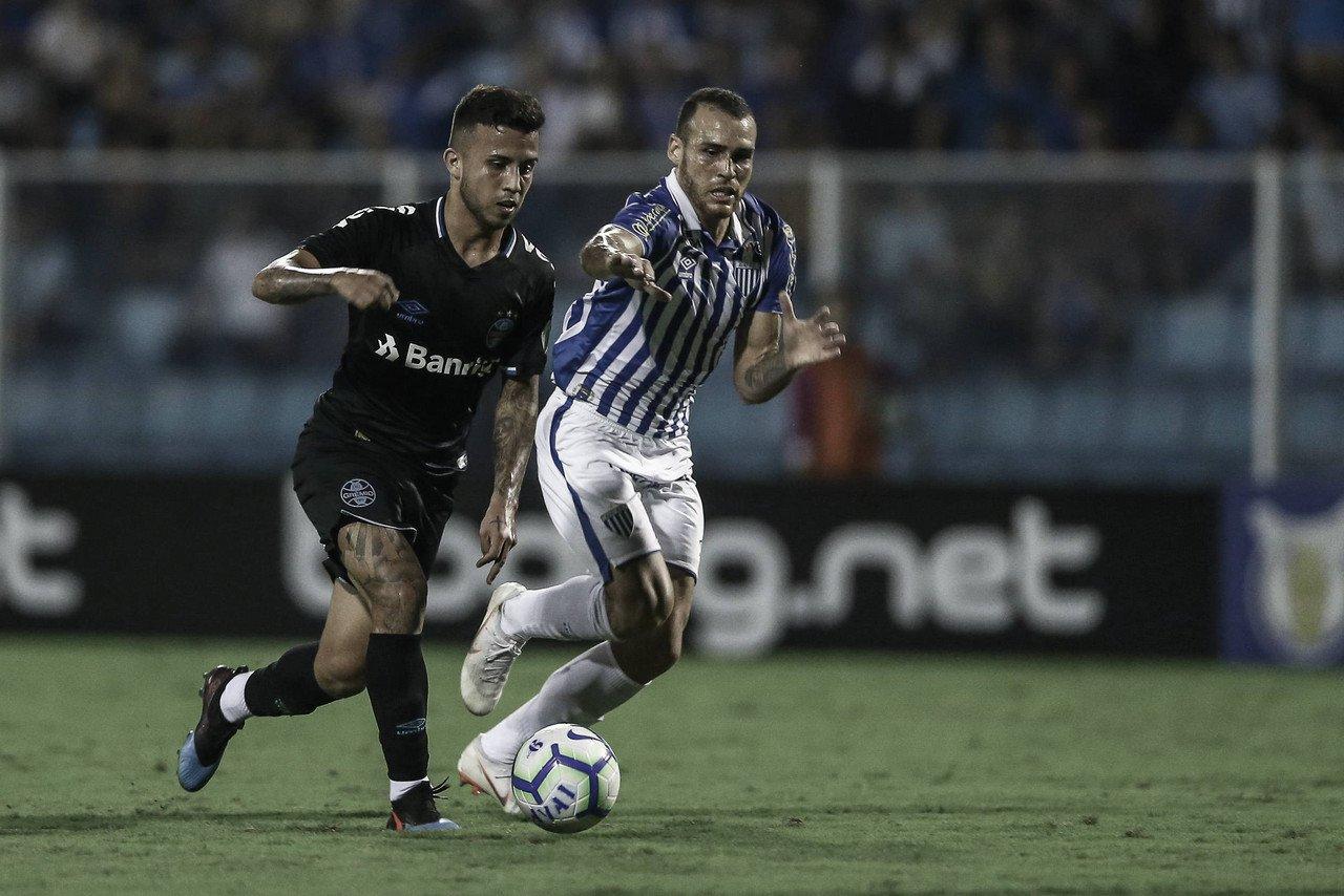 Para seguir em recuperação, Grêmio e Avaí se enfrentam na Arena
