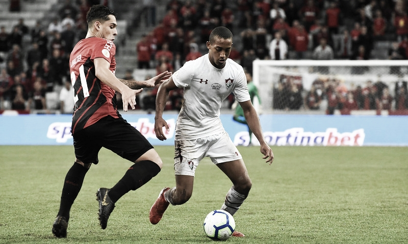 Em recuperação, Fluminense recebe Athletico-PR no Maracanã