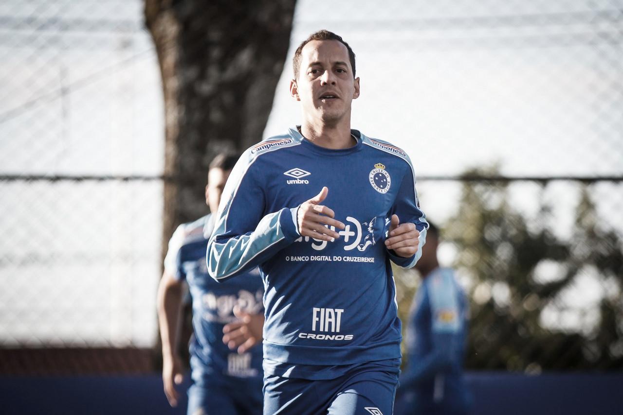 """Rodriguinho passa por cirurgia na lombar e médico do Cruzeiro destaca: """"Dentro da expectativa"""""""