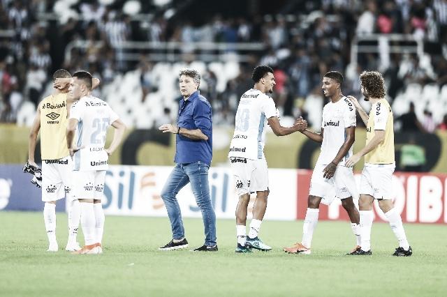 """Renato elogia atuação do Grêmio na vitória sobre o Botafogo: """"Dominamos a partida"""""""
