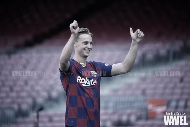 """De Jong: """"Estoy feliz en el Barça y aún debo adaptarme"""""""