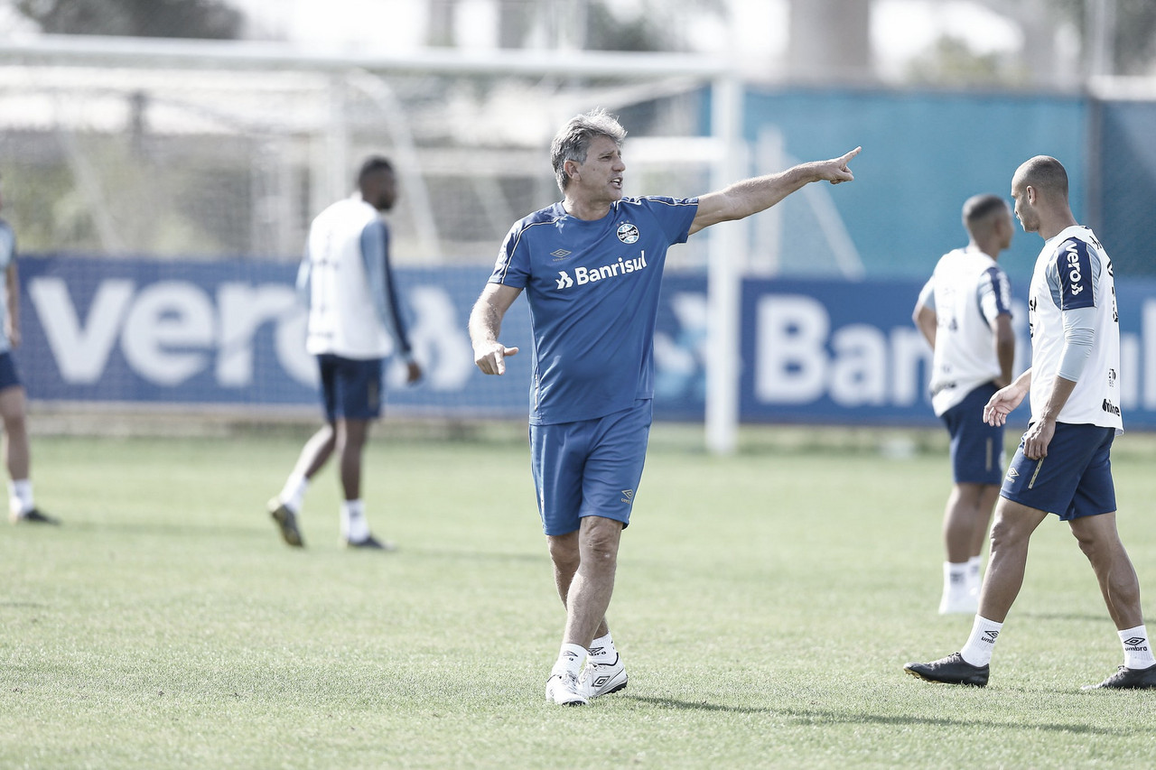 Poupando jogadores, Grêmio mede força com o Vasco pelo Brasileirão