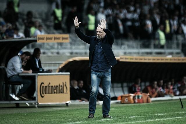 Mano Menezes assina até 2021 e é novo técnico do Palmeiras