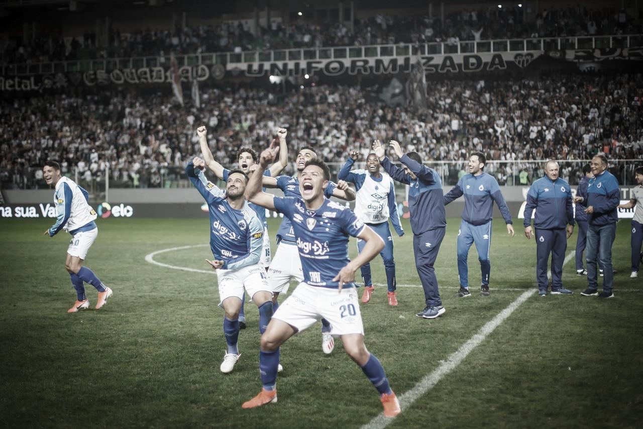 Cruzeiro é derrotado pelo  Atlético-MG, mas se classifica às semis da Copa do Brasil