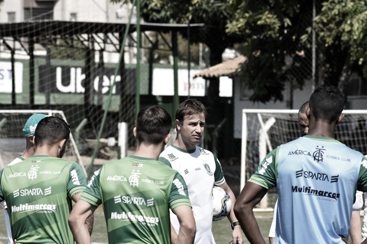 Visando se afastar da zona de rebaixamento, Vila Nova e América-MG duelam pela Série B