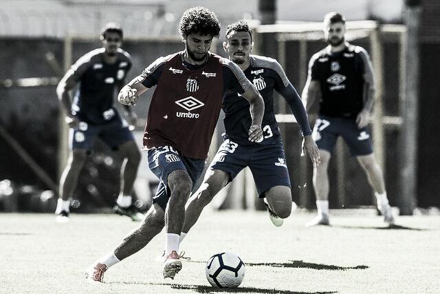 """Victor Ferraz demonstra vontade de vencer clássico SanSão: """"Clássico é muito importante"""""""