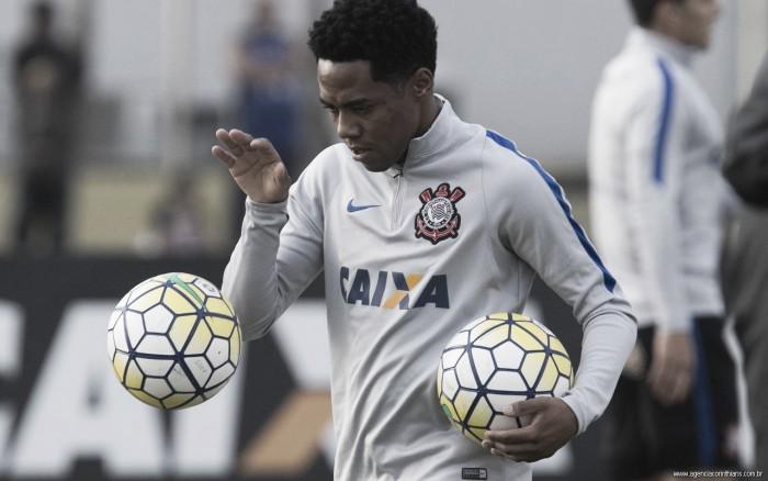 Em negociação surpreendente, Corinthians encaminha venda de Elias ao Sporting