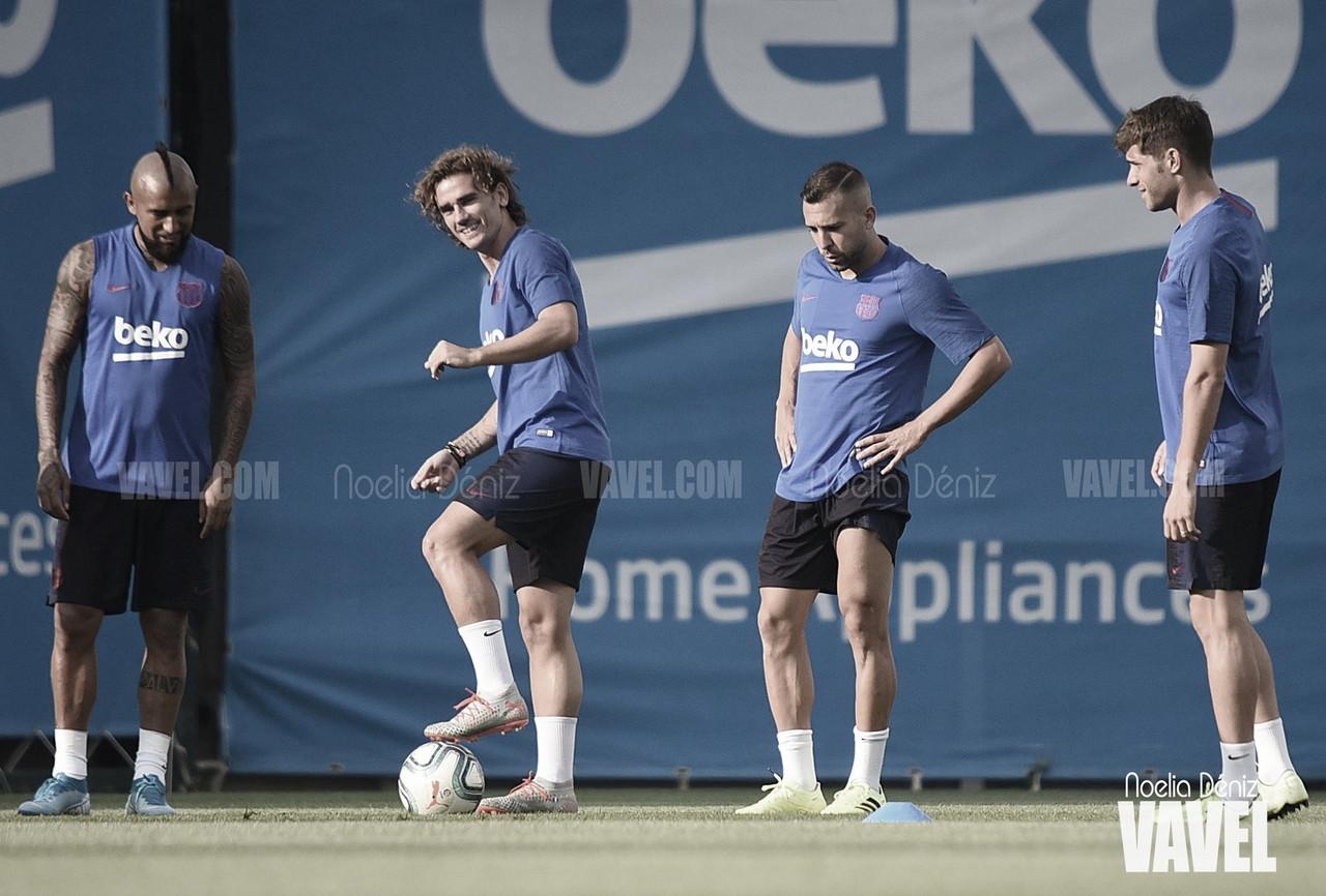 Doble sesión del Barcelona en 'modo Champions'
