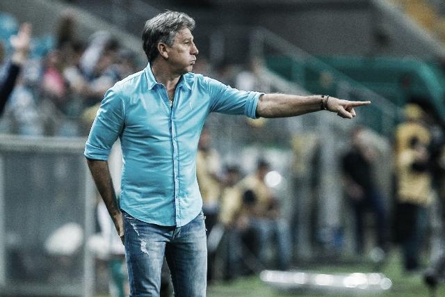 """Apesar da derrota gremista, Renato Portaluppi diz: """"Temos mais 90 minutos"""""""